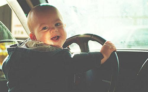 運転 子供